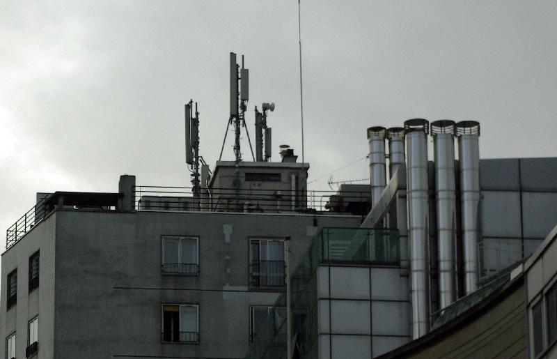 Les antennes relais crées une exposition chronique aux hyperfrèquences